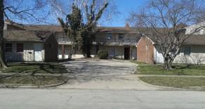 438 Oak Street